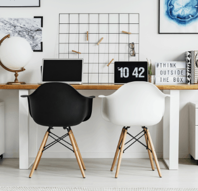 10 Must-Have Decorative Items For Home Office